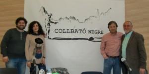 Collbató Negre 16 - Mesa Redonda