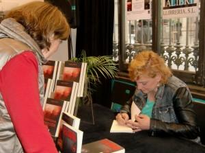 Firma libros Angelique Alibri